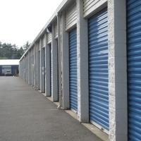 Lincoln Storage Self Storage Units
